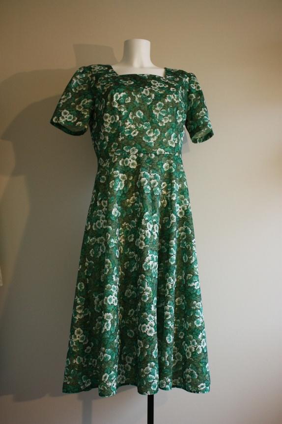 Grønn blomstret vintage kjole ML