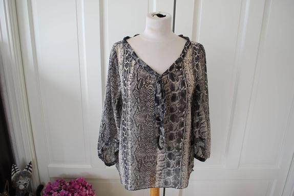 70f66b660 Bluse Kjøpe, selge og utveksle annonser - gode tilbud og priser side