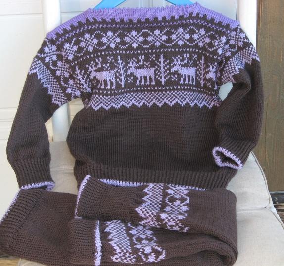 strikket bukse og genser dame
