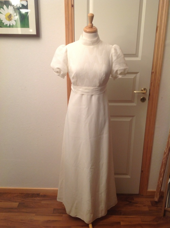 94e9a1e9 Find vintage brudekjole med. Shop every store on the internet via ...