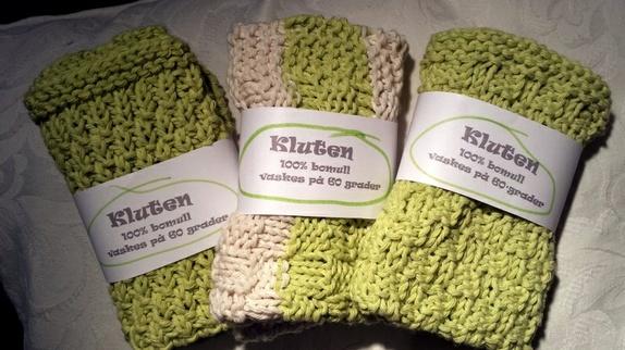 Kluter - Norge - Gode vaskekluter strikket i resirkulert bomull.ca. 25 x25 cm1 og en eller sammen 60 pr stk.Den ene helgrønne er solgt. - Norge