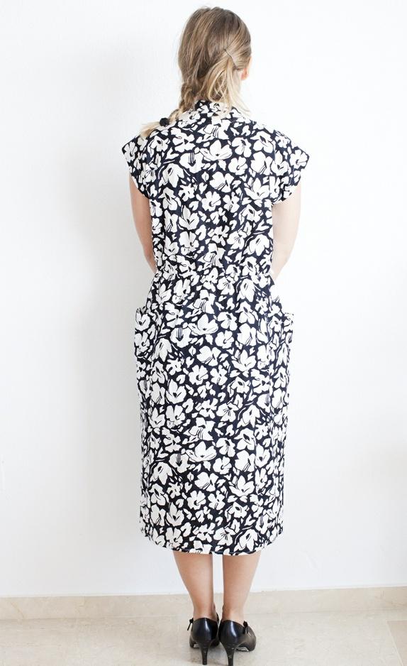 fde5693b 50% aprilSALG Sort hvitt kjole fra 80-tallet, abstrakt ...