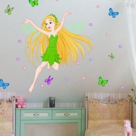 Wall Stickers Fairy with Flowers & Butterflies (2639f) - Norge - Size: 62x55cm + butterflies,flowers The sticker looks exactly like the picture. There is also an option of a mirror image. Apply to any smooth, clean dry surface. Also suitable for glass and windows. Postage and packingWe aim to post our items wit - Norge