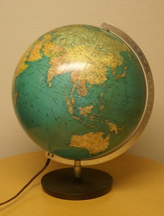 globus med lys til barn