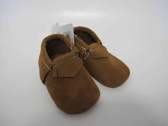 SALG! Mokkasiner i brun i 12-18 mnd - Norge - Mokkasiner Kule mokkasiner med frynser i en deilig brun farge. Skoene er i størrelse 12-18 mnd, og er i imitert skinn. Passer like godt til jente som gutt. Supre gaver! Før 139Nå 99 - Norge
