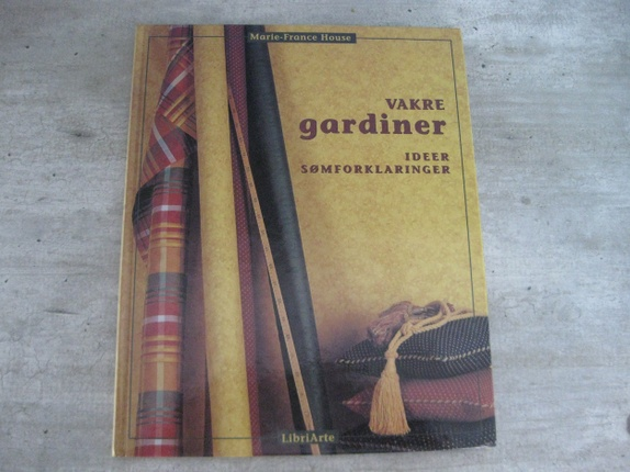 Hobbybok,vakre gardiner - Norge - .Så godt som ny.Ideer og sømforklaringer.Mange gode forslag.Marie-France House - Norge