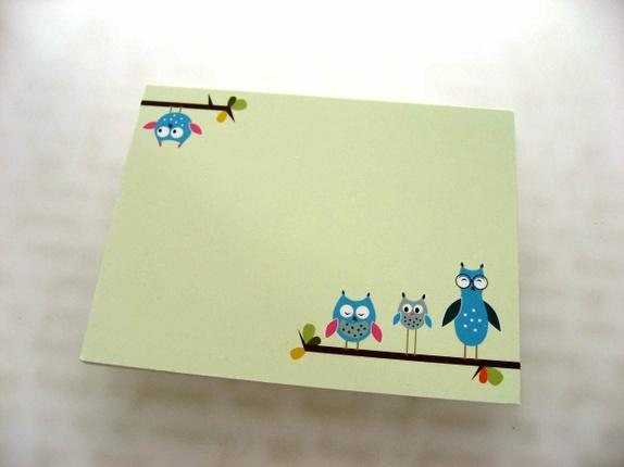 10 postkort / gavekort - Norge - 10 postkort / gavekort Uglemotiv.På baksiden har kortet de samme motivene i svakt grått.Mål: 14 x 10,5 cm (vanlig postkortstørrelse) Når du handler i butikken min, betaler du frakt på bare ett produkt. Dette blir gjort automatisk når du bes - Norge