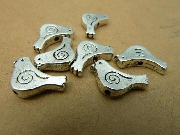 10 stk charms sølv Bird 10*15mm C2848 - Norge - 10 stk charms sølv Bird 10*15mm C2848 Utmerket kvalitet!Bildet er tatt i dagslys dagslys! - Norge