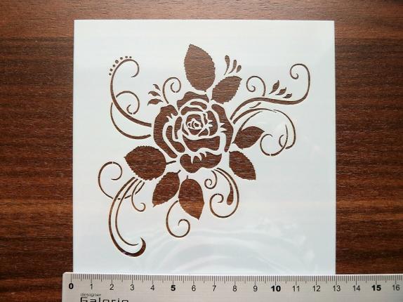"""Sjablong - Elegant Rose (4213) - Norge - Art nr: 4213 Sjablong i plast, nydelig rose med ornamenter. Flott kvalitet som kan brukes om igjen, og om igjen, dersom den blir rengjort etter bruk. Svamppensler til malingen finner du i annen annonse på siden min. """"Blåbærtua""""Arket måler 13 x - Norge"""