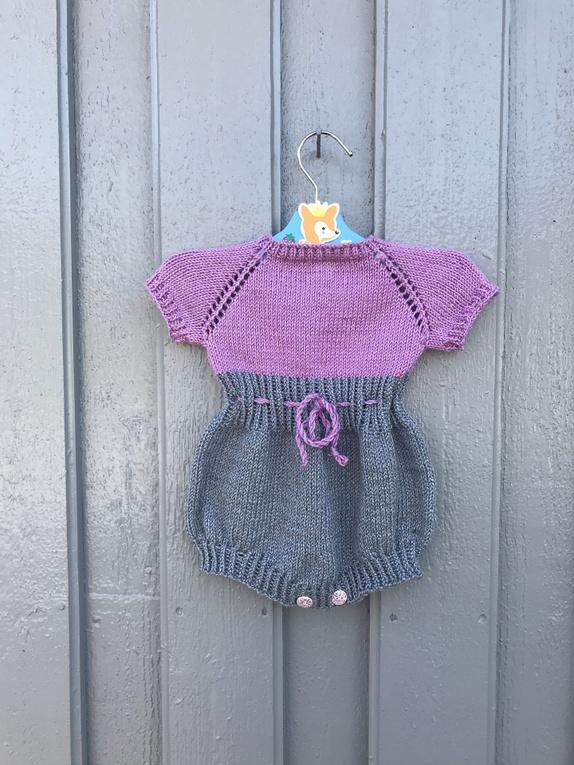 0e65ffea Lekedrakt - Norge - Håndstrikket lekedrakt, strikket i cotton merino, myk  og god,