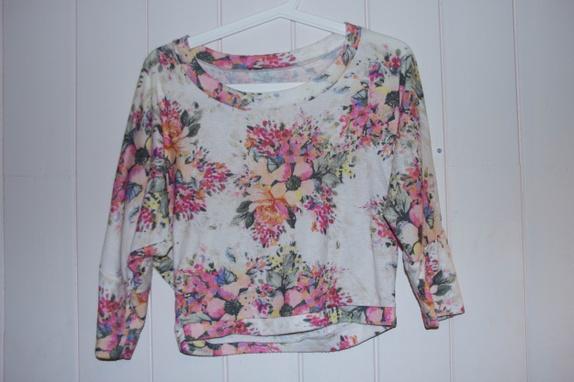 aeab0630 blomstrete genser (str. S) - Epla