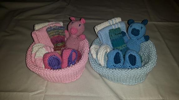 gavekurv til nyfødt