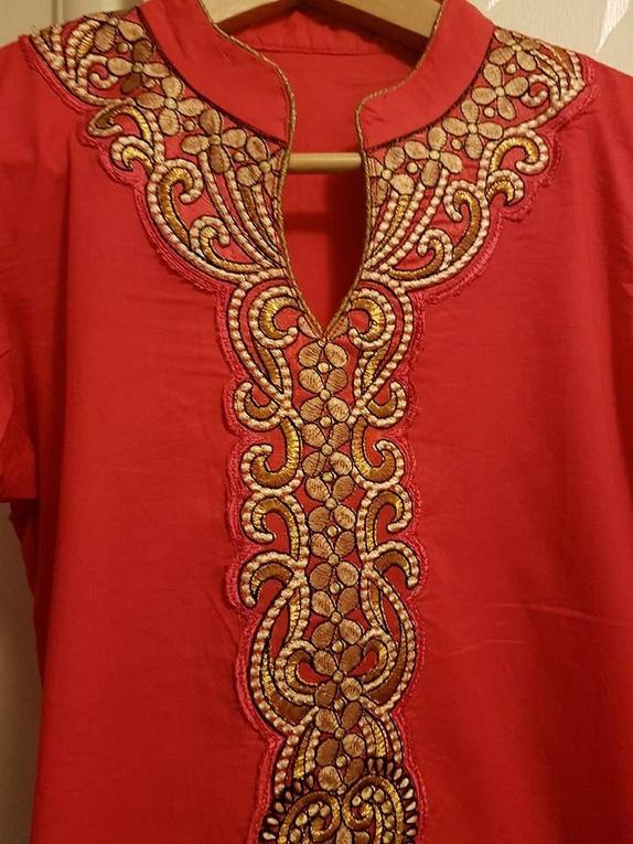 Sommer kjole - Norge - Sommer kjole med splitt i sidene.Str. liten Medium/Small - Norge