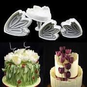 Sett av 4 stk tulipan utstikkere - Norge - Mål: 4x4.5cm ,4.5x5.2cm , 5x6cm ,6x7cm - Norge