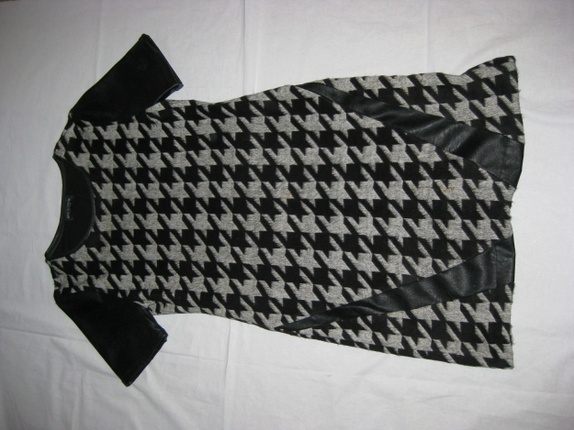 Ullkjole størrelse 44 - Norge - God og varm kjole i ull og skinn.Merke Ana Alacazar.Made in Europe. - Norge