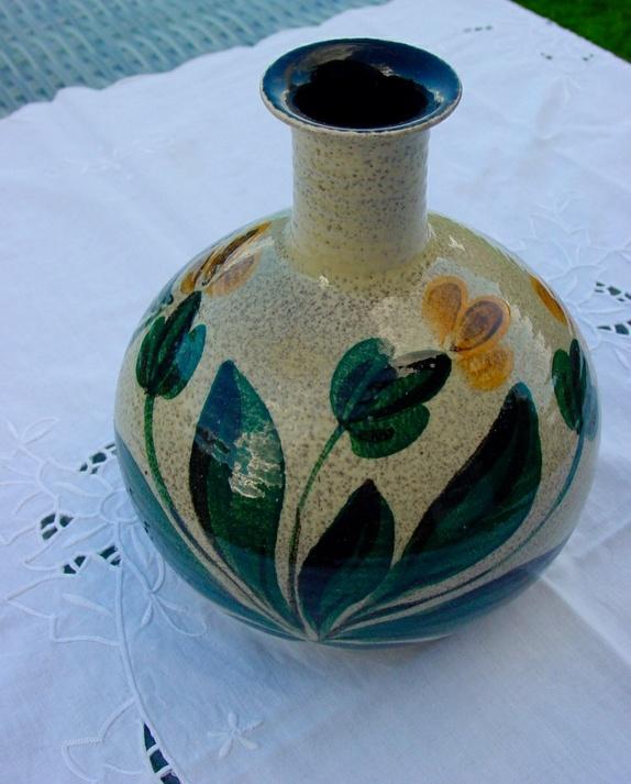 Modish Keramikk vase m signatur - Epla AU-32