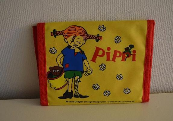 Tilbud i dag 30kr (før 50kr)Pippi Langstrømpe lommebok - Epla