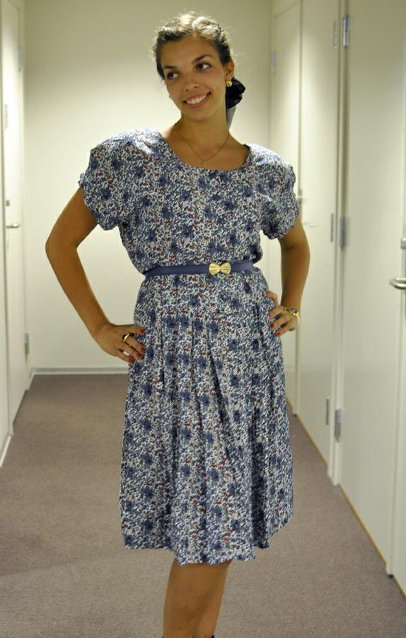Nydelig blomstrete vintage 80 talls kjole M XL