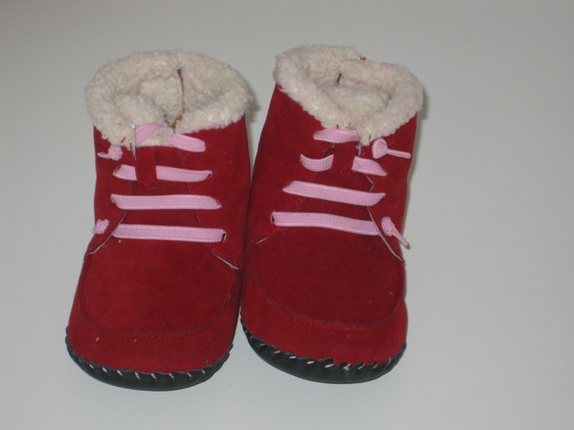 d0535932 Find every shop in the world selling uggs tøfler at PricePi.com