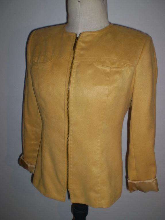 Quiltet jakke, gylden gul.