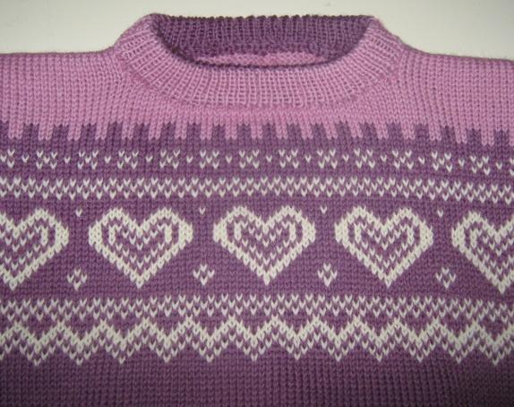 Hjerte genser med lue. Epla