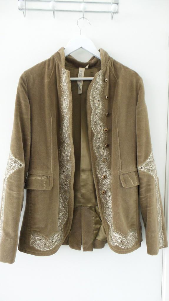 5b1eb63ebed 149 Designer jakke fra Carole Fakiel - Epla