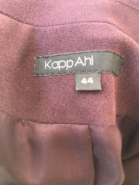 FØR KR 145, Pen, burgunderrød blazer fra KappAhl, Str 44