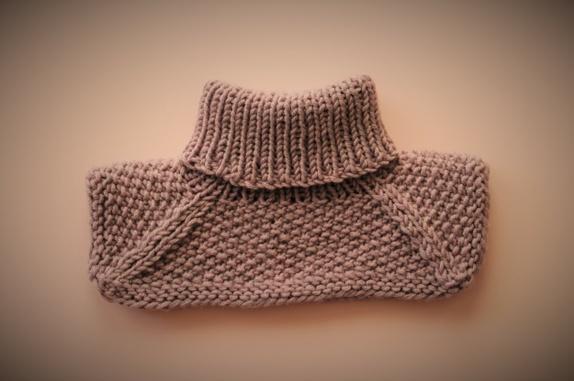 råtasshals 3-7 år - Norge - råtasshals i design fra klompelompe.strikket i drops big merino.str ca 3-7 årfarge: lavendel ♥ - Norge