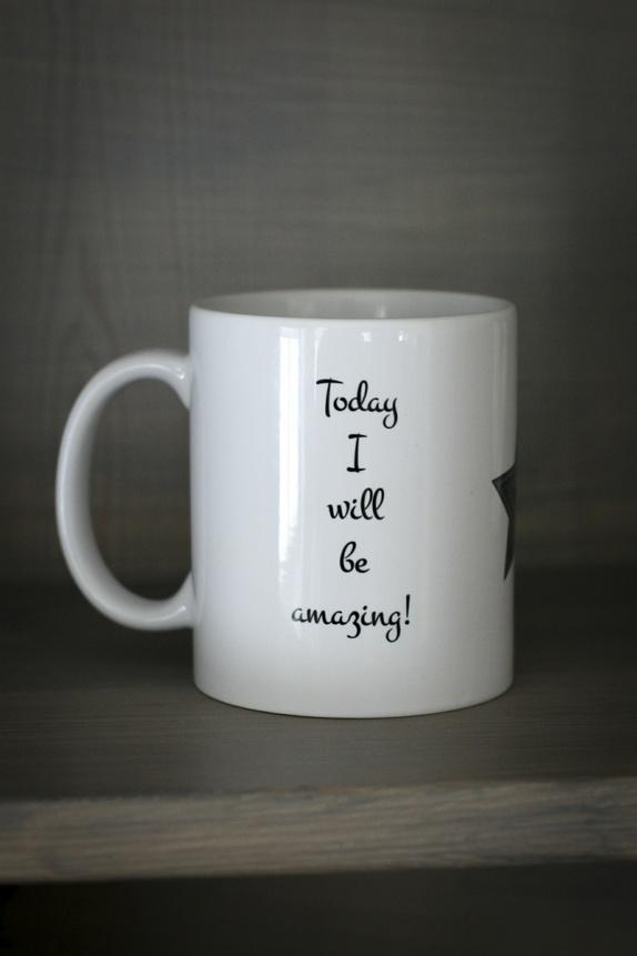 """Kopp """"But first coffee.."""" - Norge - Krus / kopp med tekst og grafisk trykk. Kan vaskes i oppvaskmaskin. - Norge"""