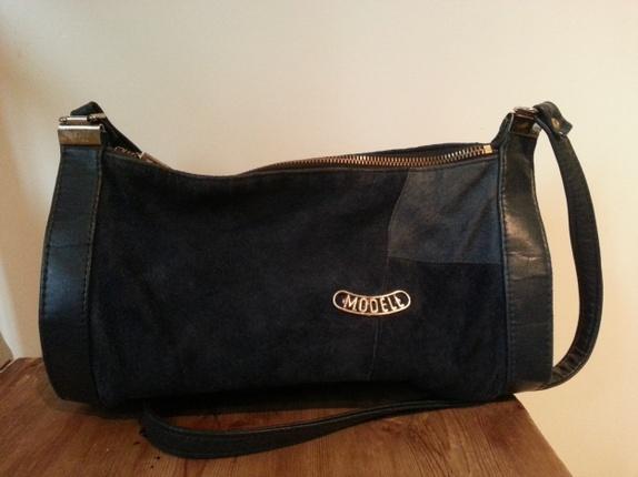 2d891f25 Vintage mørkeblå skinn/semsket skulderveske - Epla