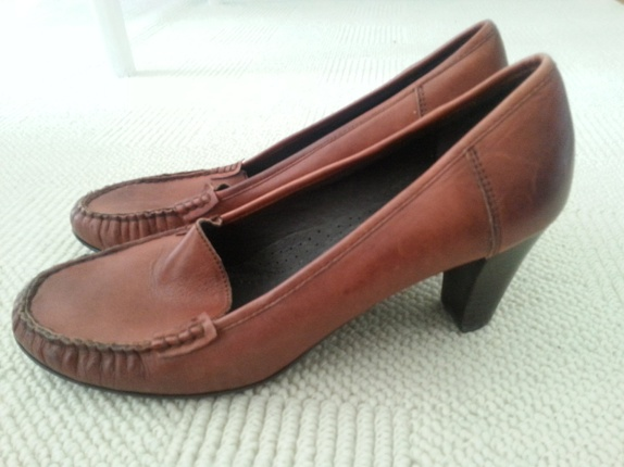 1a8675df Buy Pumps TAMARIS i skinn. Shop every store on the internet via ...