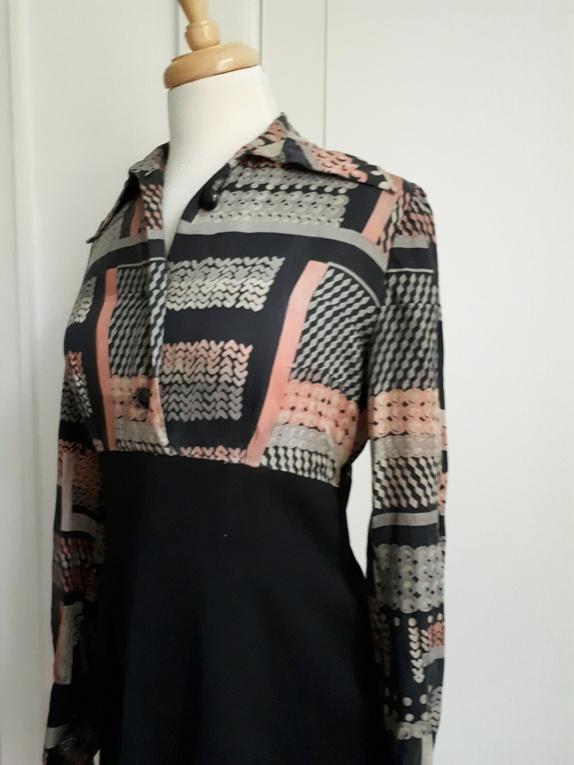 Mønstret jakke, str. 4042 Epla