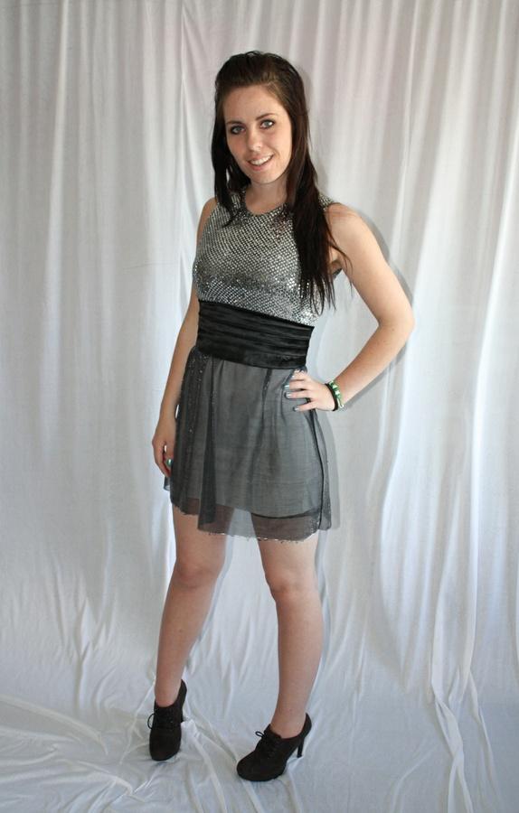 ecd35153 mauritz glitter kjole available via PricePi.com. Shop the entire ...