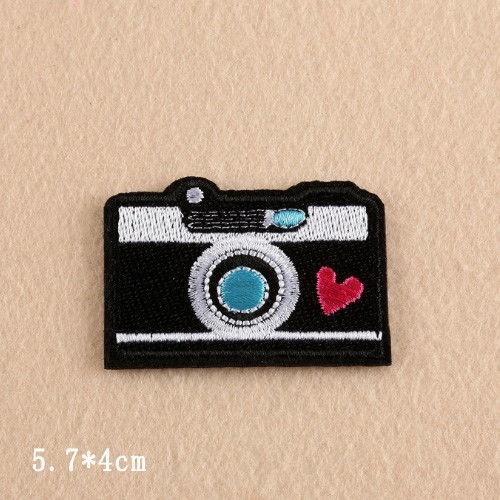 Kamera / Fotoapparat, strykemerke /symerke - Norge - Kamera / Fotoapparat, strykemerke /symerke Str: 5,7 X 4 cm Blir det betalt for mye i porto. blir det tilbakebetalt til deg. - Norge